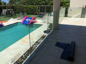 Frameless pool fence channel fix Beacon Hill